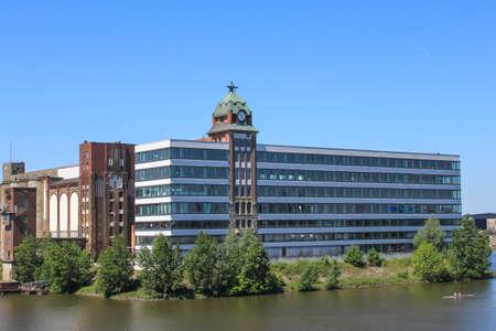 immobile: Duesseldorf Media Harbor