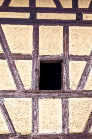 truss: truss with window