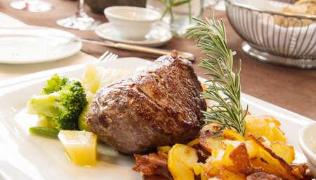 menue: beef