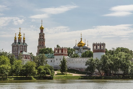 Novodevichy Convent, Bogoroditse-Smolensky Monastery Moscow. Fortress walls with towers, The siege Faceted tower. 版權商用圖片