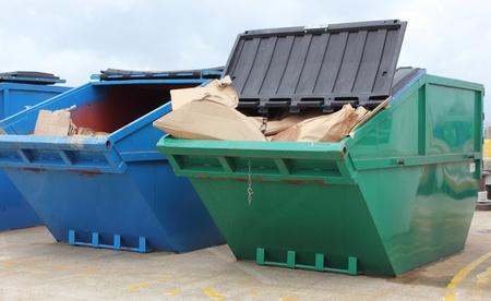 saltar: Salta de residuos industriales Foto de archivo