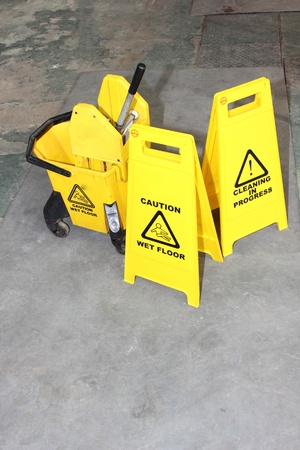 cleaning floor: Industrial Cleaning signs