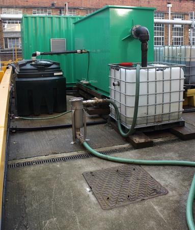 containment: borehole sampling containment