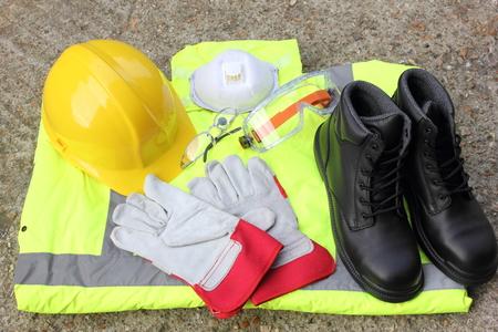 equipo: Una colección de elementos de protección personal que está disponible Foto de archivo