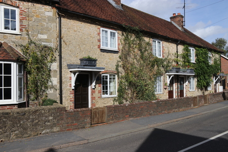 29TH SEPTEMBER 2016 LIPHOOKENGLAND Traditional English Housing Along A Road In The