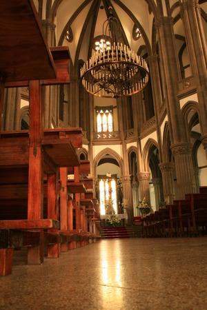 centenarian: Interior de la iglesia de San Juan en Arucas, Gran Canarias  Foto de archivo