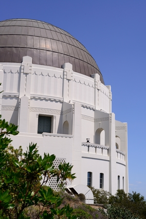 Los Angeles observatory Editorial