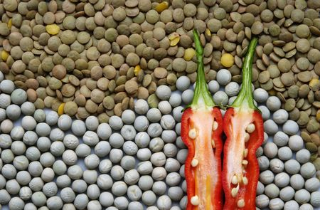 Composition with peas, lentil and red pepper Фото со стока