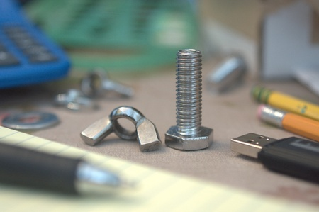 metal fastener: Wing Nut and Bolt in Engineering