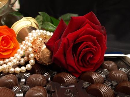 Champagne e cioccolato sono romanticismo Archivio Fotografico - 11076220