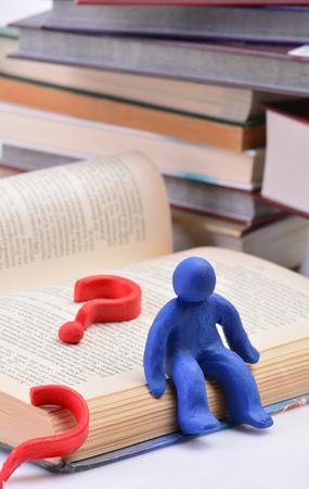 Concetto di conoscenza in una biblioteca