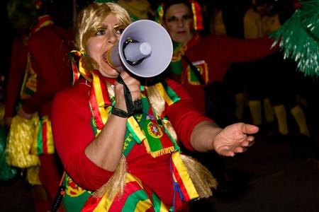 Torres Vedras, Portugal - 18. Februar: Teilnehmer an der Karneval am 18. Februar 2012 in Torres Vedras, Portugal.