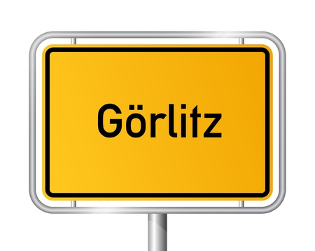 ortseingangsschild: Ortseingangsschild Görlitz vor weißem Hintergrund - Beschilderung - Sachsen - Grlitz, Sachsen, Deutschland