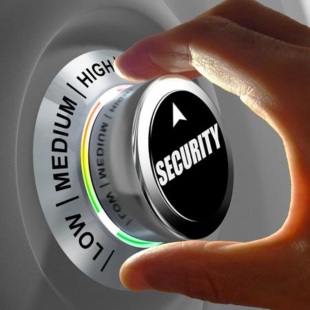 Hand roteren van een knop en het selecteren van het beveiligingsniveau. Dit concept illustratie is een metafoor voor het kiezen van het niveau van beveiliging. Drie niveaus zijn beschikbaar: laag, gemiddeld en hoog. Stockfoto