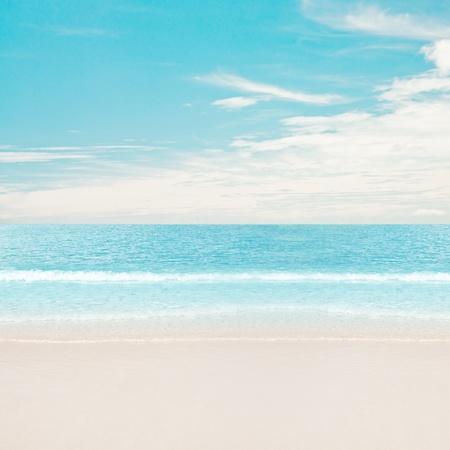 the sky clear: Playa tropical y el océano. Día Foto