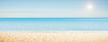 arena: Panorama de la mañana del mar. Composición horizontal Tropical