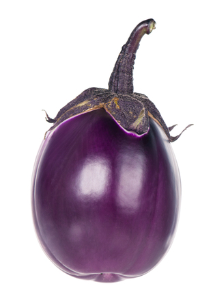 Raw purple aubergine isolated over white background Imagens