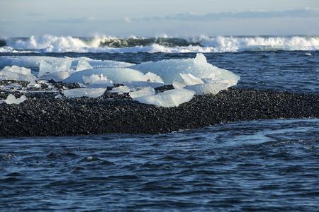 ice blocks: Ice blocks at glacier lagoon Jokulsarlon in Iceland, wintertime