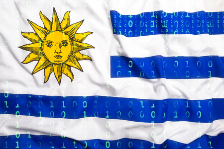 bandera de uruguay: Protección de datos, código binario con la bandera de Uruguay