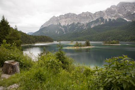 Mountainn lake Eibsee, Bavarian mountains, Germany in summertime Stock fotó