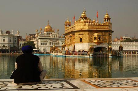 Golden Temple Amritsar India Stock Photo - 6582797