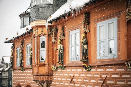 guild halls: Kaiswerworth in Goslar, Germany with snow fall in winter