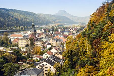 Bad Schandau, Saxon Scheiz in Duitsland, op een zonnige herfstdag Stockfoto