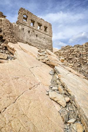 birkat: Image of ruins and rocks in Birkat al mud in Oman