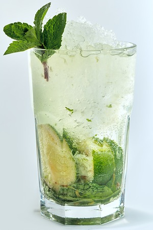 mohito: Mohito drink with mint and lime