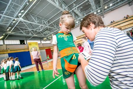 irish ethnicity: Omsk, Russia - August 22, 2015: International  competition of irish dance, preperation liitle girl