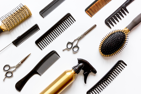 combs and hairdresser tools on white background top view. Imagens - 67472154