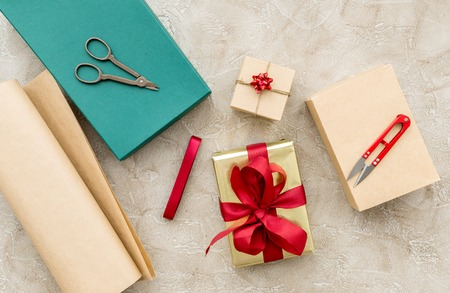 wrapping gifts in box for holiday top view mock up Stock Photo