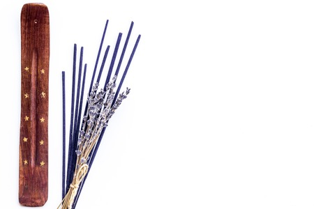 incense sticks with lavander for fresh air on white background top view mock up Stockfoto