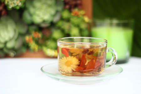 Chrysanthemum tea Lily