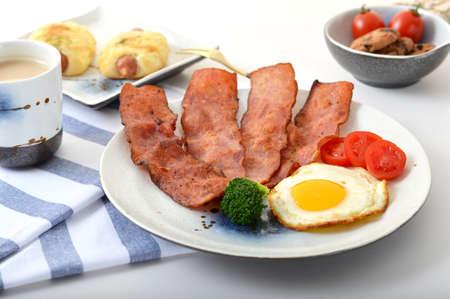 hearty: A hearty breakfast