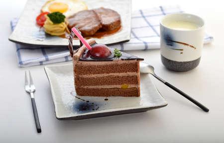 Ein Gericht mit leckeren Kuchen Slice