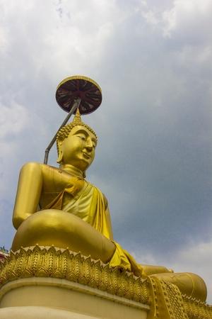 scruples:  Buddha statue