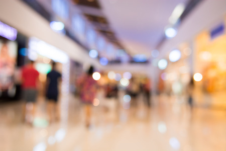 Shopping mall blur background with bokeh 免版税图像 - 43955043