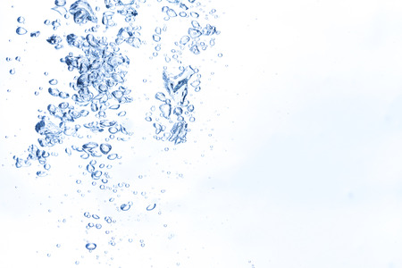aqua: Bubbles in fresh water