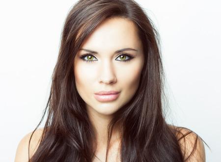Femme avec un visage de beauté Banque d'images - 33678448