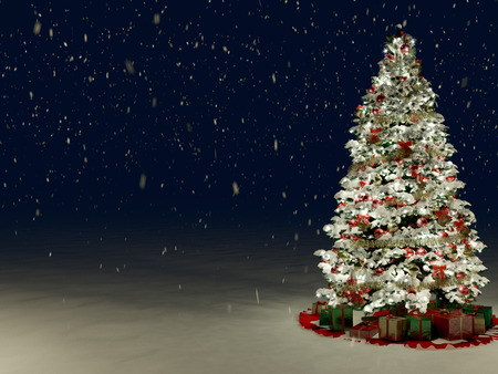 Schnee deckte Weihnachtsbaum mit bunten Lichter in der Nacht Standard-Bild - 34247006