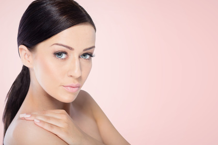beauty skin: Beauty Spa Woman with perfect skin Portrait.