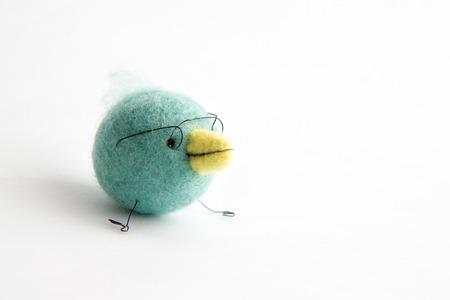 Miniature needle felted baby bird, wool handmade toy Imagens - 27002763