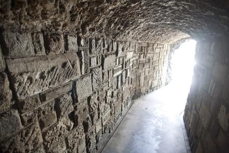 tunel: La luz brillante al final del túnel
