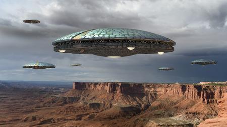 Flota de naves extraterrestres sobre el Gran Cañón, en Canyonlands, Utah, EE. UU., Para viajes futuristas, de fantasía e interestelares o juegos de guerra. Foto de archivo