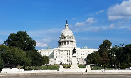 A panoramic view of the United States Capitol Building western facade, on Capitol Hill in Washington DC, USA. 版權商用圖片