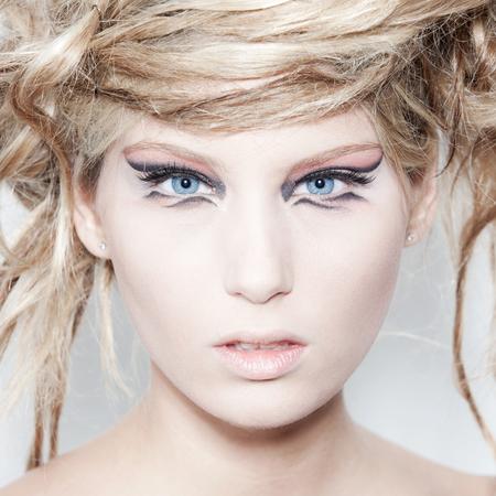 chignon: ITALY, Friuli Venezia Giulia, Trieste November 1 trick Italian Campaign 2011  woman for a makeup brand