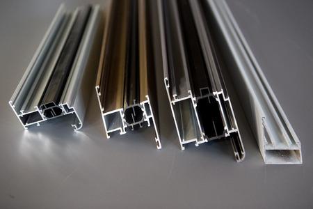 vorragenden Aluminiumprofil für Fenster und Türen Herstellung .selective Fokus