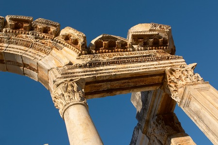 Ancien arch in Efes on  background of the sky Stock Photo - 1396874