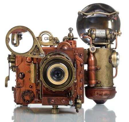 photo camera: Macchina fotografica su uno sfondo bianco di stile Steampunk